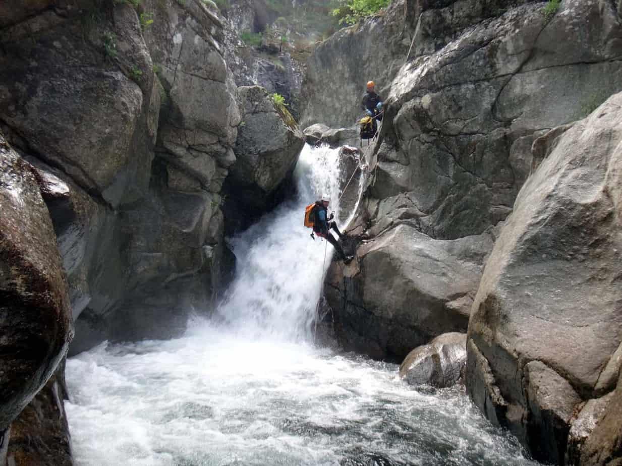 canyoning dourbie gorges de la dourbie canyoning tayrac descente gorges de la dourbie cévennes