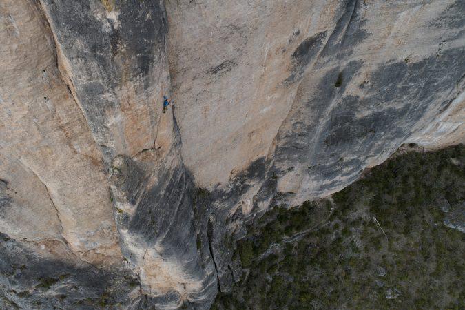 stage escalade debutant grande voie gorges de la jonte aveyron cevennes millau occitanie midi pyrénées