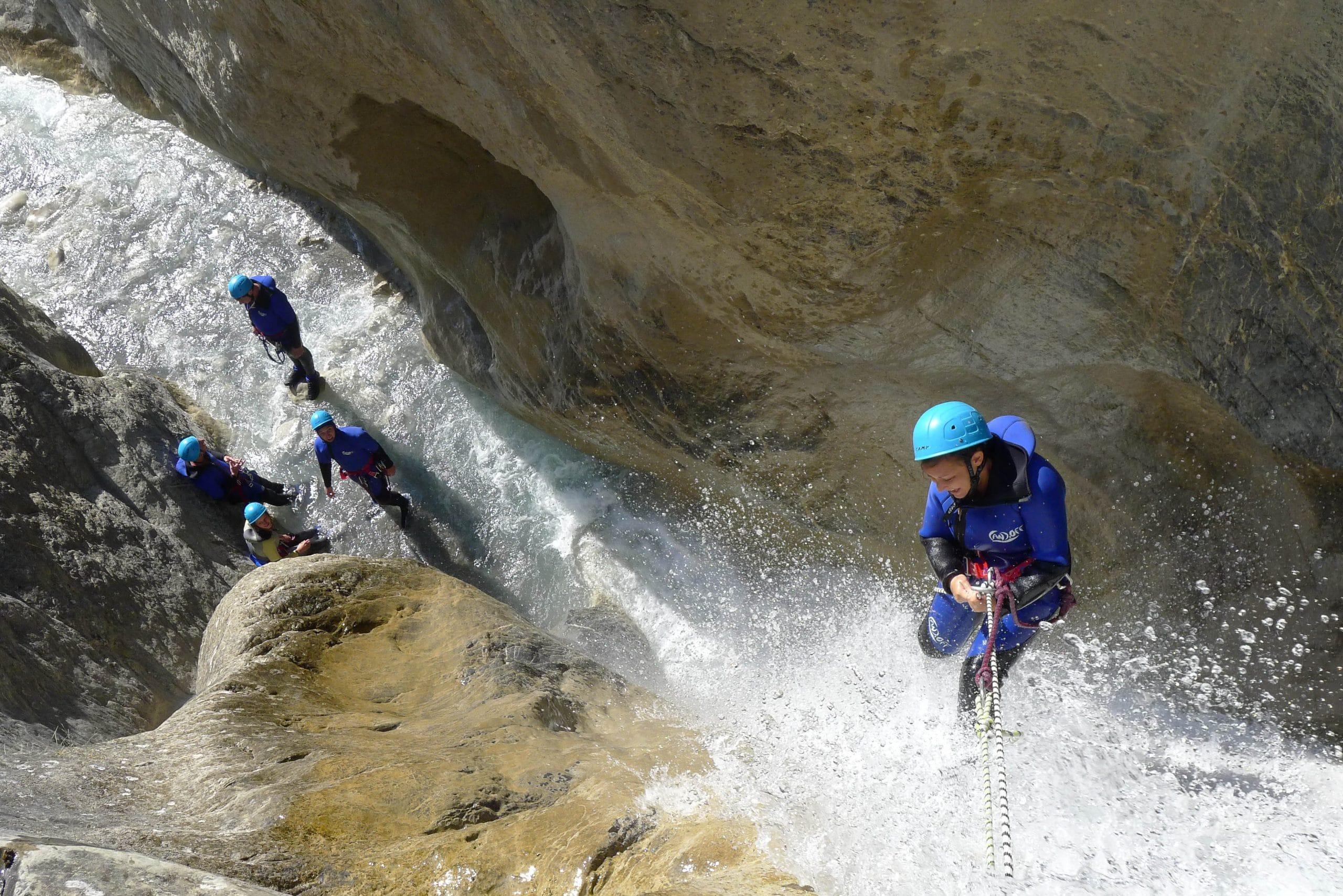 canyoning-millau-12000-descente-de-canyon-millau