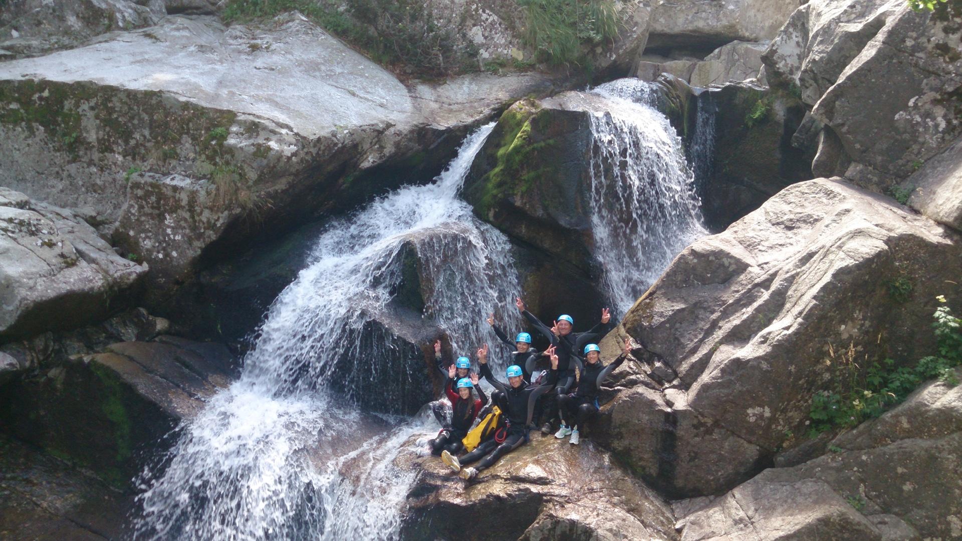 canyoning tayrac canyoning millau aveyron cévennes randonnée aquatique descente canyon
