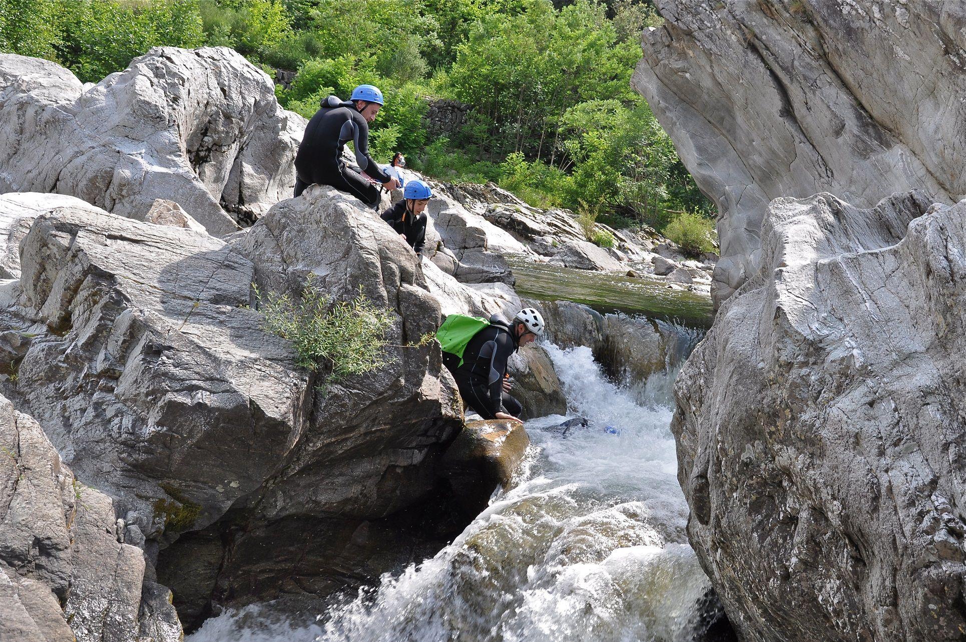 cevennes canyoning millau aveyron lozere midi pyrénées occitanie sud ouest pack multi activités via ferrata liaucous